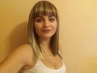Voir le liveshow de  AliciaCute de Xlovecam - 22 ans - Im sexy girl, can do for us hot show....