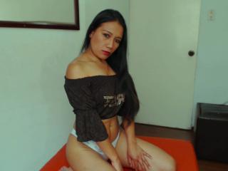 Voir le liveshow de  RoxanaLatina de Xlovecam - 31 ans - Sexy girl in private you enjoy with me dancing, naked, masturbation, anal, seduction, pleasur ...