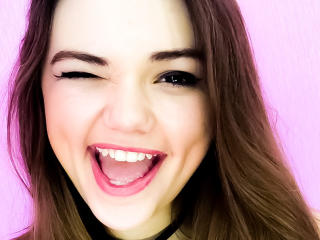 Voir le liveshow de  LorelaiR de Xlovecam - 19 ans - I'm sweet and awesome girl, Hot and amazing body, wonderful smile:)Passionate show waiting for yo ...