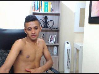 ANTONNI webcam girl