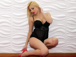 LeticiaLee sexy cam girl