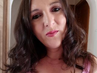 TesDesiresX sexy cam girl