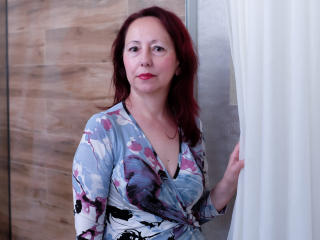 Voir le liveshow de  OneFlirtMadamM de Xlovecam - 58 ans - I will not describe myself cause it seems to me that a really interesting lady will be noti ...