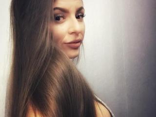 CapricieuseFemmeX sexy cam girl