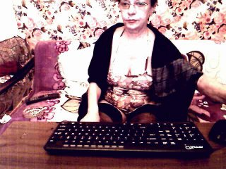 Voir le liveshow de  SexyGianina de Xlovecam - 40 ans - I am here only for you - a busty and hot woman who will do everything for your pleasure. I lik ...